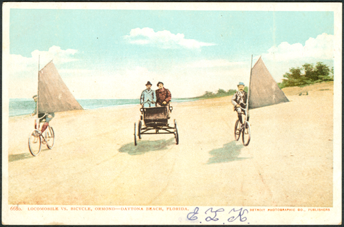 Locomobile and Bicycles no hotel