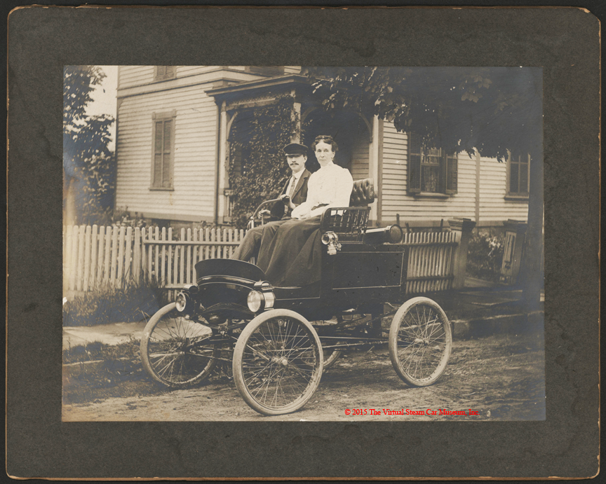 Toledo Steam Carriage, Unidentified Couple, ca: 1901 - 1902